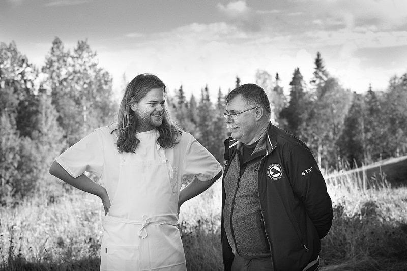 Magnus Nilsson och Swedish Match Master Blender Lars Öberg