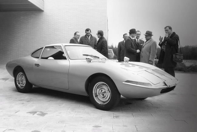 Opel_Concept_Car_GT_Experimental_02_Technology_com_944x440_16964_mrm