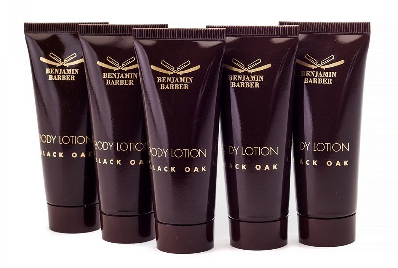 benjamin barber black oak body lotion