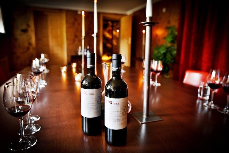 hogberga-gard-vinprovarrummet