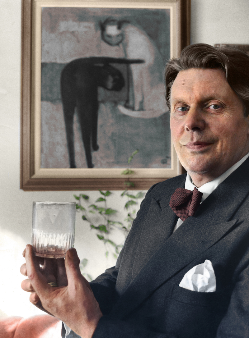 ARKIV 1960. Deckarfˆrfattaren och filosofie doktorn H K Rˆnblom (1901-1965) var statsvetare och tidningsman, bland annat politisk redaktˆr pAftonbladet. Foto: Lennart Nilsson Kod.3054 Scanpix Sweden
