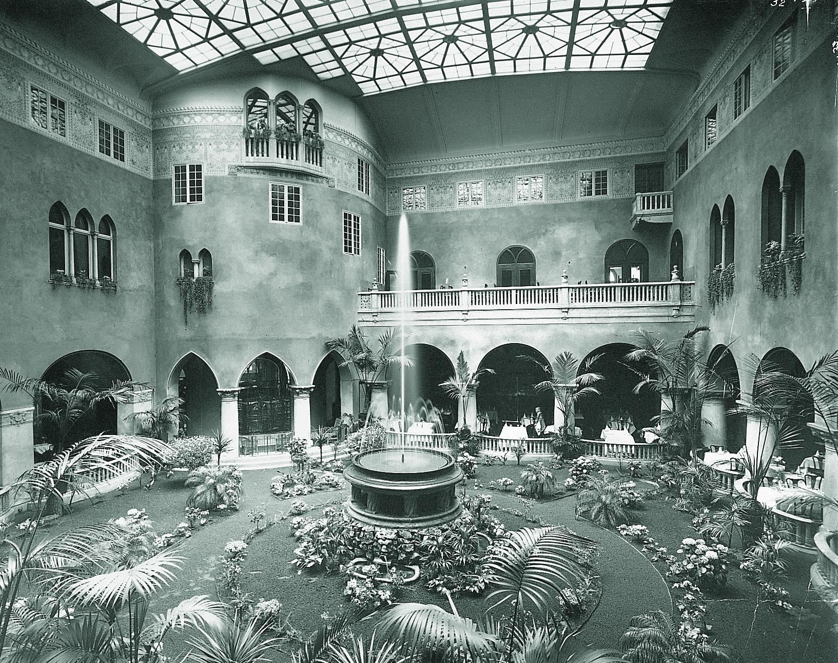 Historisk bild av Vinterträdgården Grand Hotel