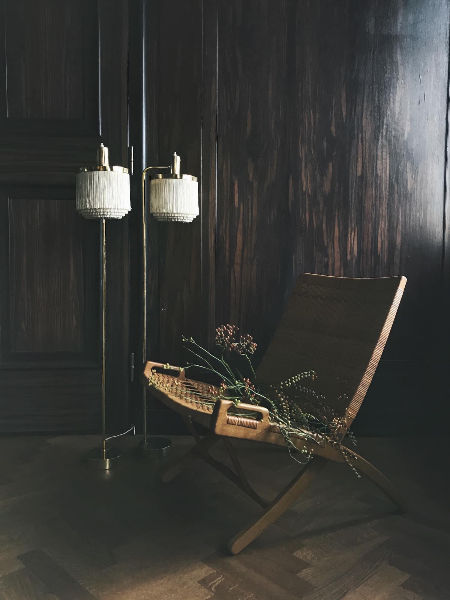 lampor och fåtölj auktion hösten 2017 contemporary Bukowskis