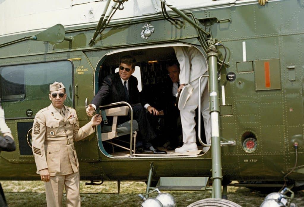 John F Kennedy i solglasögon