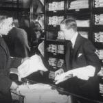 Shopping med familjen på PUB-huset år 1920
