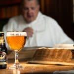Antika böcker inspirerar munkar att återuppliva ölbryggning i kloster