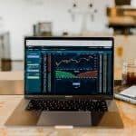 Den starka trenden för män inom investeringar håller i sig