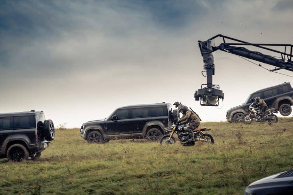land rovers defender i James Bond filmen no time to die