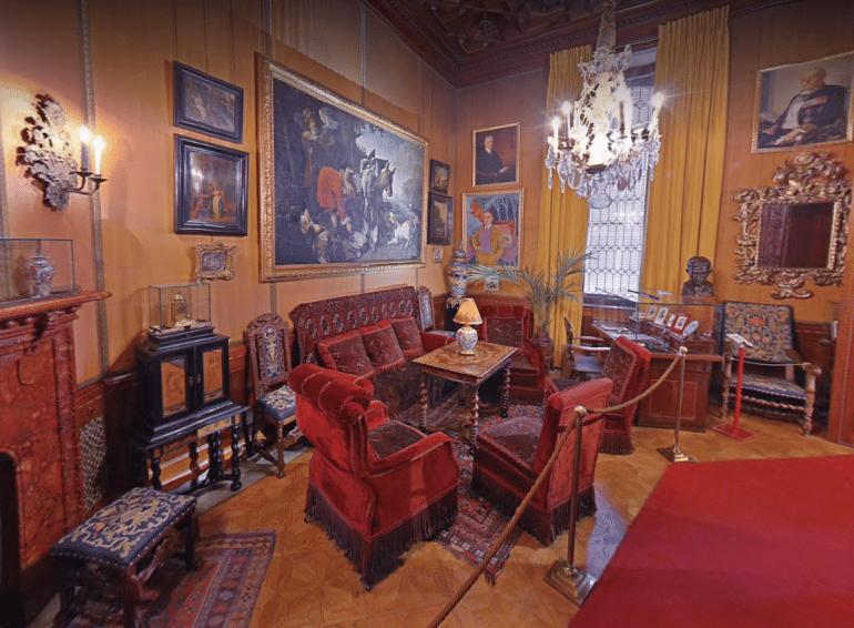 besök museer virtuellt