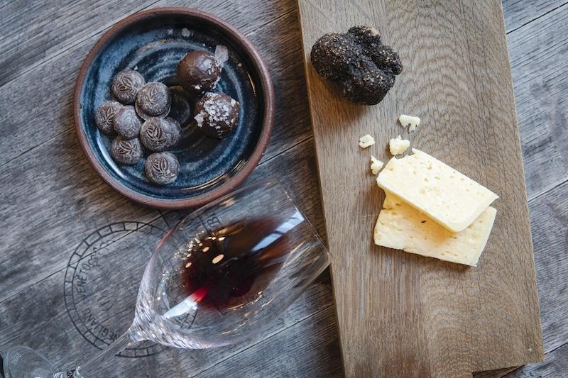 ordna vinprovning hemma