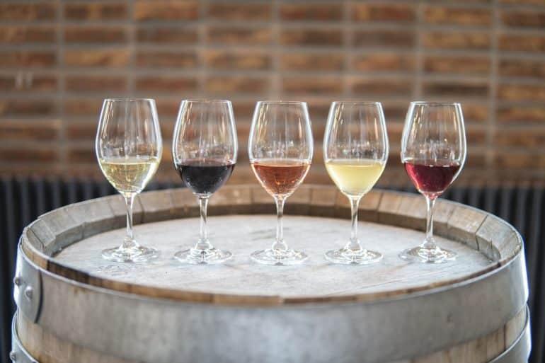 guide för hur du ordnar vinprovning hemma