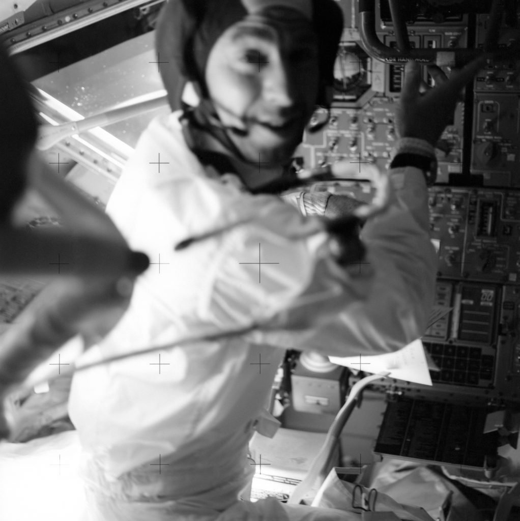 Astronauten James Lovell på Apollo 13 Omega Speedmaster professional