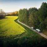 Nu har Sveriges första hotellsvit på hjul lanserats - Ta en titt in i husbilarna!