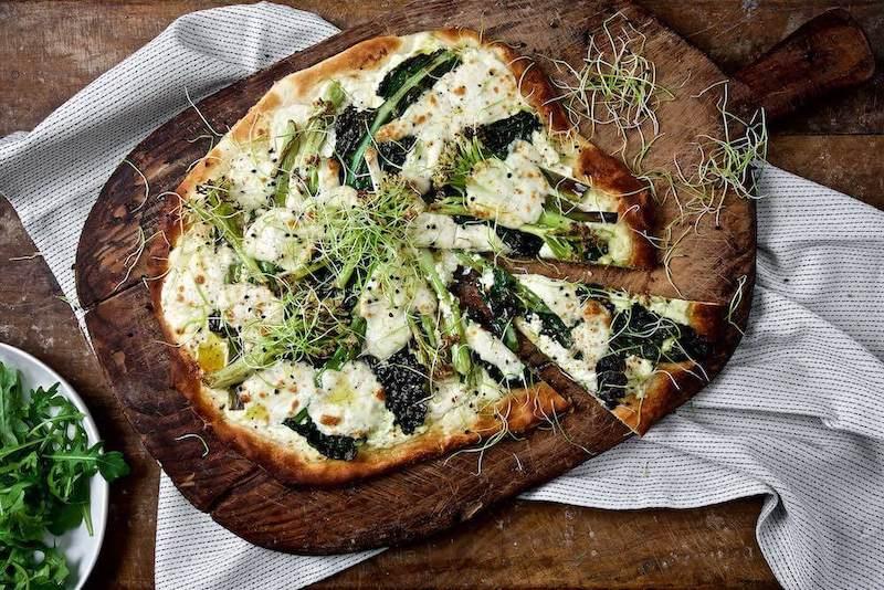 grön italiensk pizza