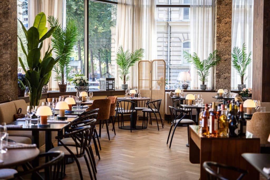 la girafe bistro ny restaurang i stockholm kungsholmen