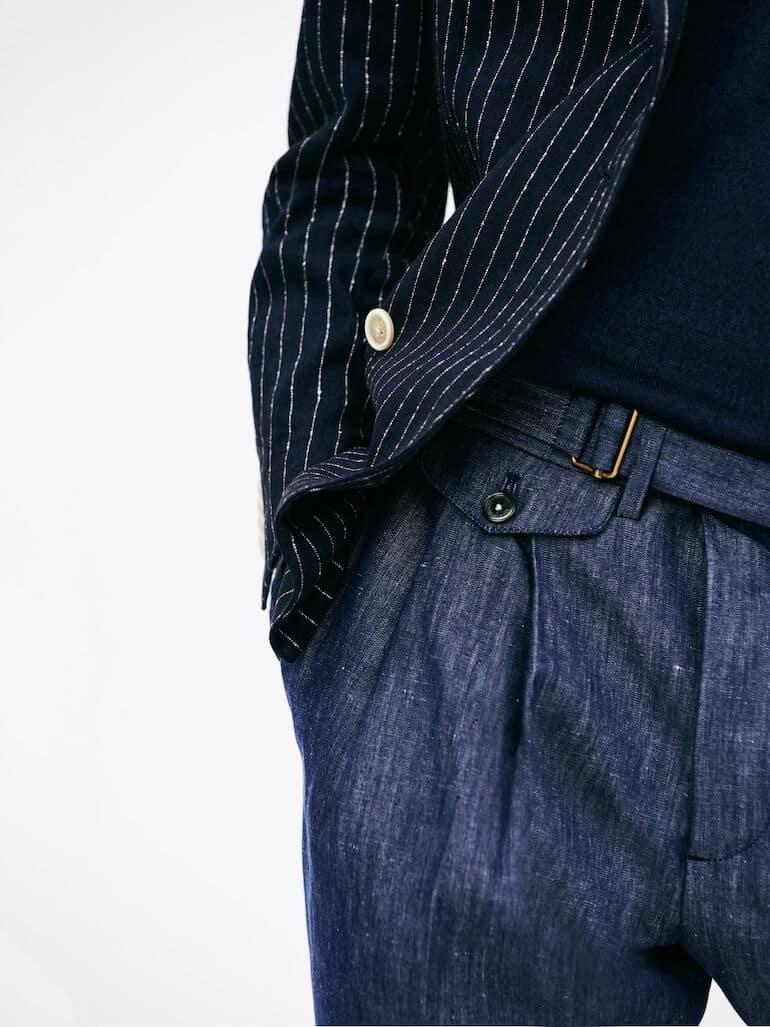 klassiska byxor med hög midja och frontveck