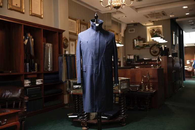 the travel trench samarbete Henry Poole gore-tex