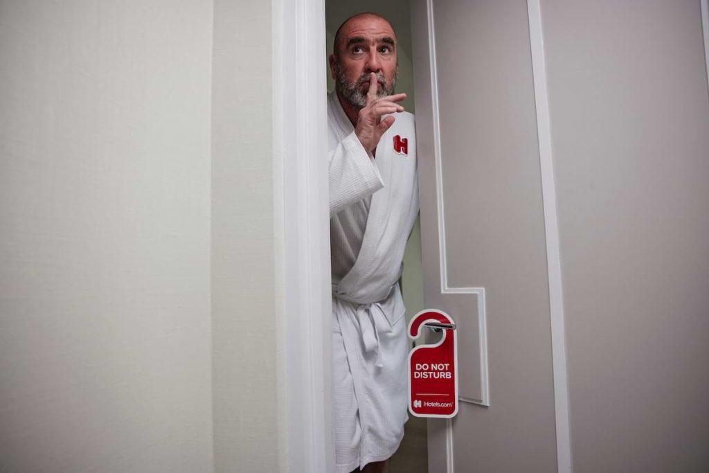 stör ej svinter Eric Cantona hotels.com
