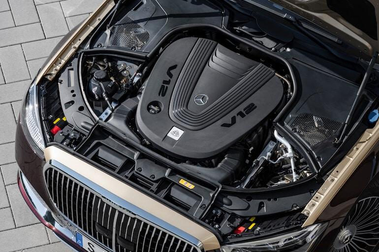 motor mercedes Maybach s-klass
