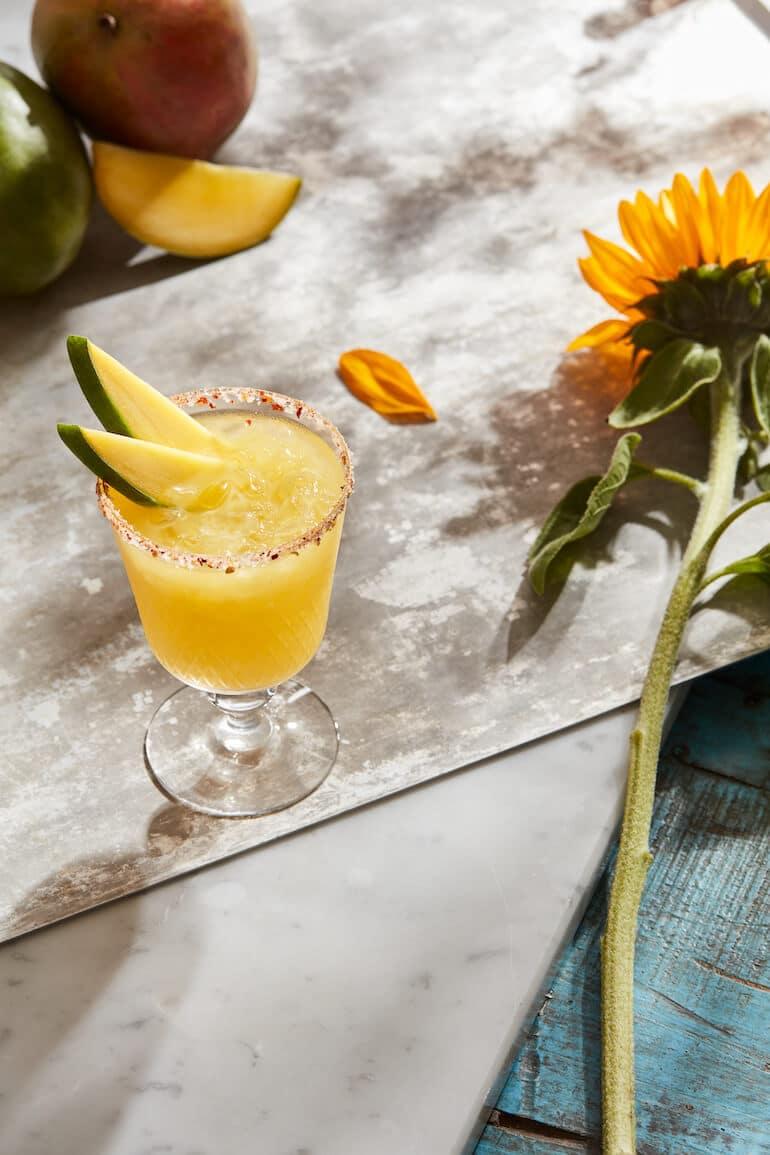 bästa sommardrinkar 2021 frozen mango margarita