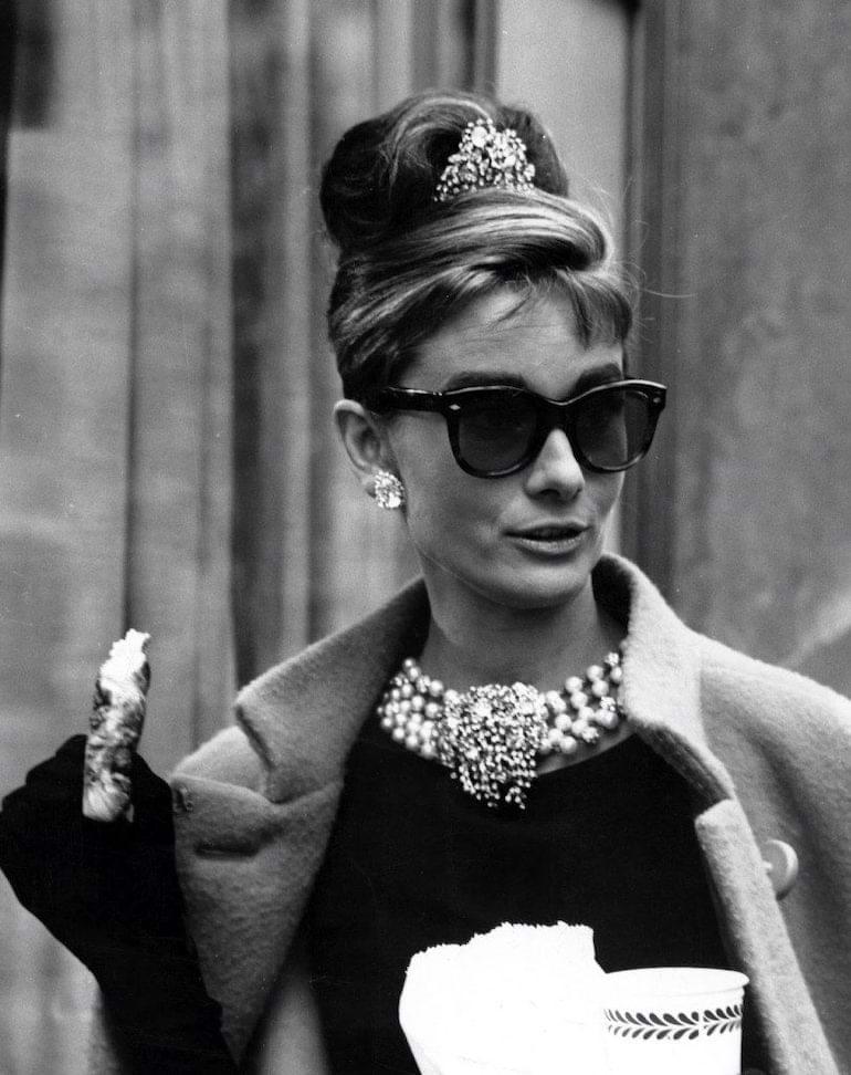 audrey Hepburn 1960-talets solglasögonmode