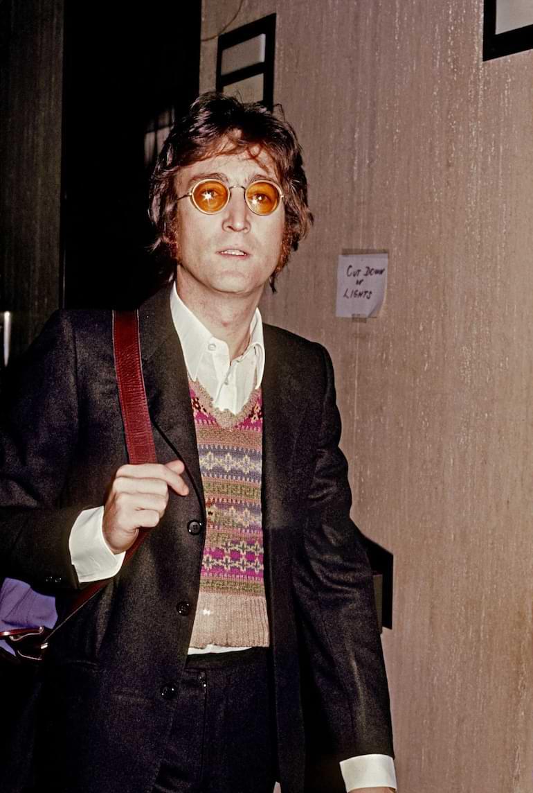 solglasögonmode genom åren John Lennon